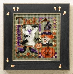 MH14-6205 Trick or Treat Collage